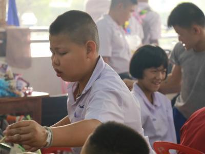 พิธีมอบใบประกาศนียบัตรและปัจฉิมนิเทศ ให้กับนักเรียนที่สำเร็จการศ